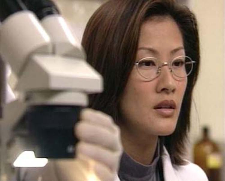 Bác sĩ Niếp Bảo Ngôn - chuẩn mực của các vai diễn nữ pháp y sau này