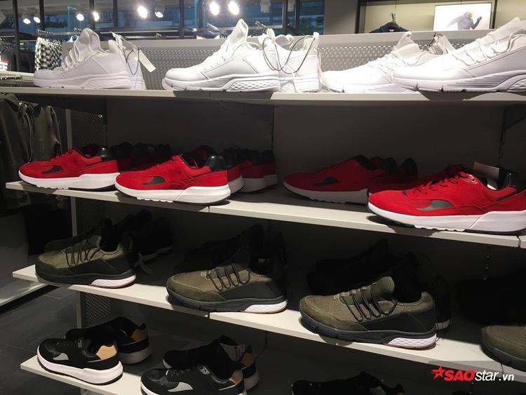 Bụi bặm hơn thì nghía sang nơi chốn sneaker.