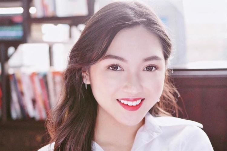 Dù chỉ mới 20 tuổi những Chloe đã tạo được chỗ đứng nhất định trong lĩnh vực làm đẹp khi được đề cử giải thưởng Influence Asia vừa qua