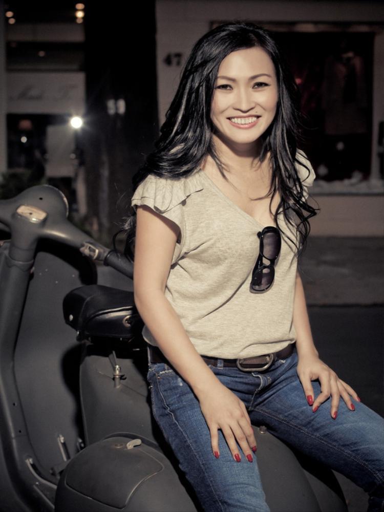 Phương Thanh bất ngờ… bỏ diễn trong đêm liveshow Bước nhảy đầu tiêncủa Lâm Khánh Chi do bị người khác xúi giục.