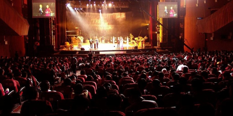 Nhà hát Hòa Bình