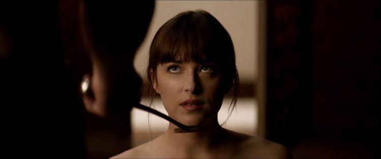 Khán giả đỏ mặt với loạt cảnh nóng trong teaser phần cuối 50 sắc thái