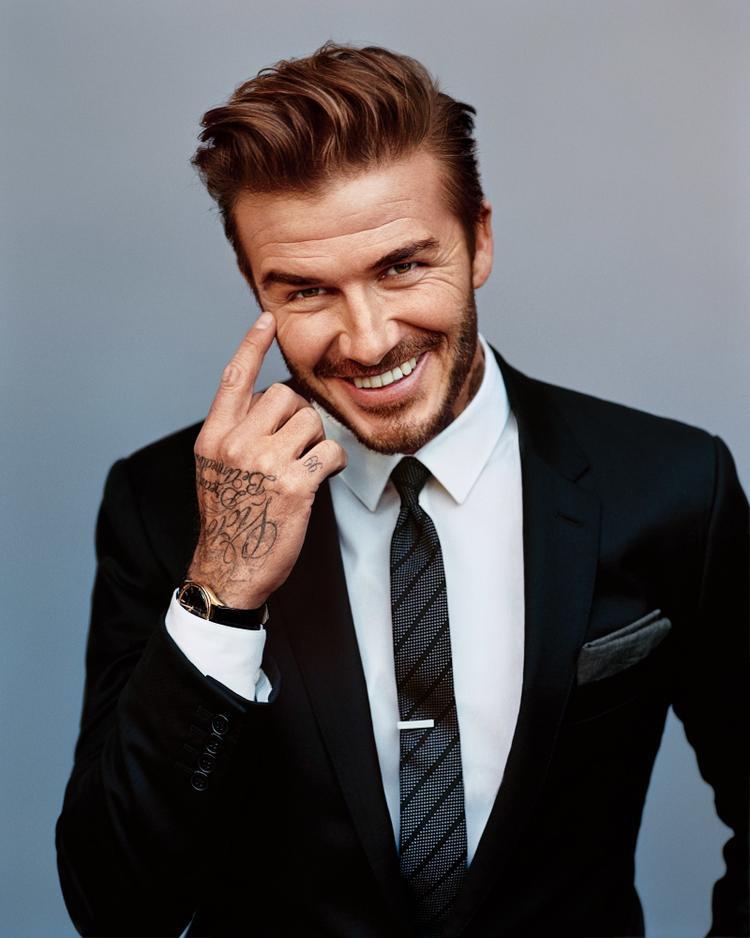 Chỉ vì trông quá trẻ trung mà David Beckham vướng phải tin đồn tiêm botox.