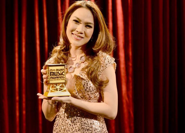 Sau 5 năm, nữ ca sĩ gốc Đà Nẵng vẫn tiếp tục thể hiện phong độ của mình khi luôn có những đêm nhạc cũng như ra mắt sản phẩm chất lượng gửi tới khán giả.