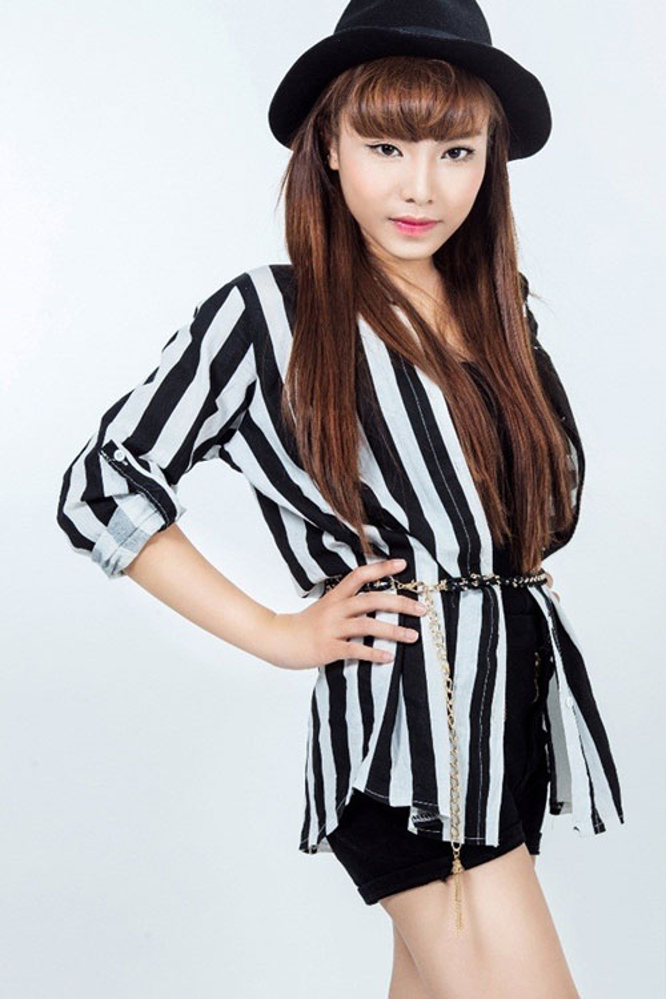Hình ảnh của Thảo My khi tham gia và đăng quang The Voice 2013.
