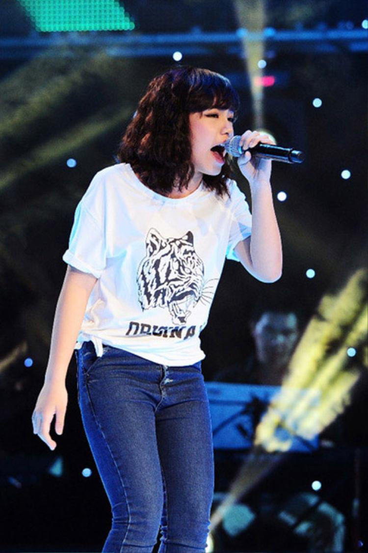 Sau 4 năm đăng quang The Voice, Vũ Thảo My lột xác đầy ấn tượng ở tuổi 20