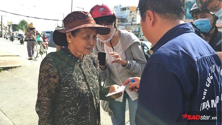 Bà Lan hoảng hốt khi phát hiện Bo bị đội bắt về.