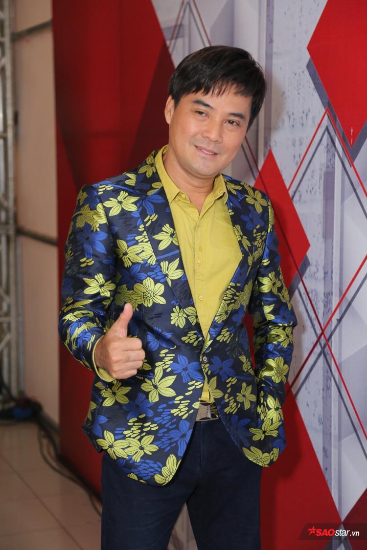 Ca sĩ Chế Thanh.