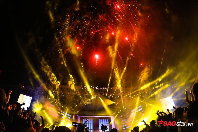 """""""Bữa tiệc"""" âm thanh ánh sáng đẳng cấp thế giới fan Việt mong đợi bấy lâu cuối cùng cũng trở thành hiện thực."""