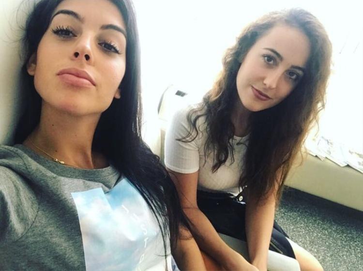 Georgina Rodríguez khoe cô chị gái xinh đẹp