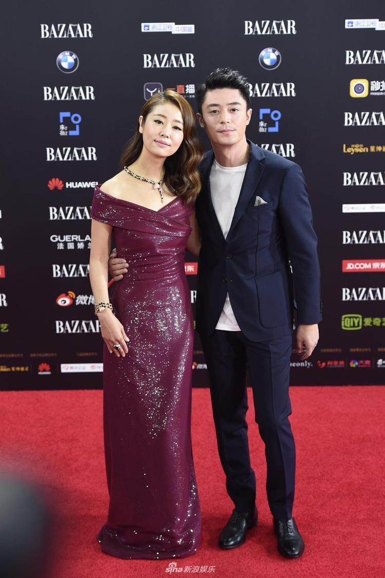 Vợ chồng Hoắc Kiến Hoa - Lâm Tâm Như tại sự kiện từ thiện Harper's Bazaar hôm 10/9.