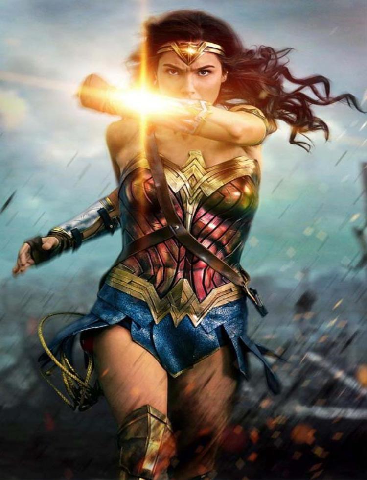 """Wonder Woman mở đầu nhân vật nữ anh hùng mạnh mẽ """"thật sự"""""""