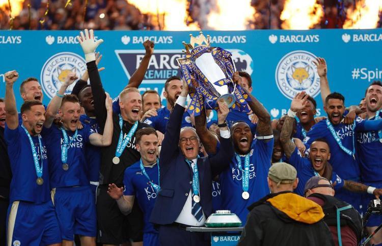 Mùa hè 2016, Vardy và Leicester City gây bất ngờ khi trở thành nhà vô địch Premier League. Đây là điều mà không ai dám tưởng tượng trước khi khởi tranh. Ở mùa giải đó, thậm chí Vardy suýt giành danh hiệu vua phá lưới khi chỉ thua Harry Kane (25 bàn) đúng 1 pha lập công.