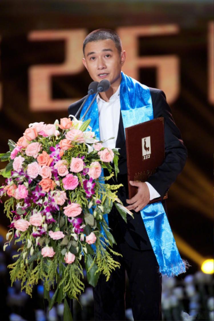 Văn Chương - chồng của Mã Y Lợi nhận giải thưởng dành cho Đạo diễn mới xuất sắc nhất cho phimWhen Larry Met Mary.