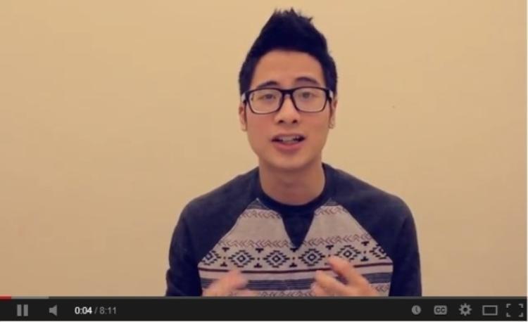 Một trong những hình ảnh đầu tiên của vlogger JV khi xuất hiện trên youtobe.