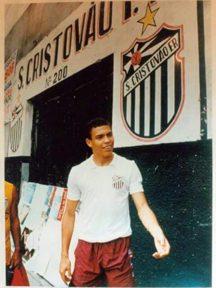 Ronaldo de Lima và những cuộc hành trình không mong đợi