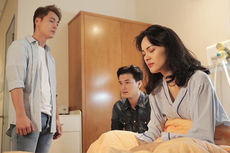 Hạ Vi từng khóc hết nước mắt vì chuyện tình tay bay với Đăng Khôi - Huỳnh Anh.