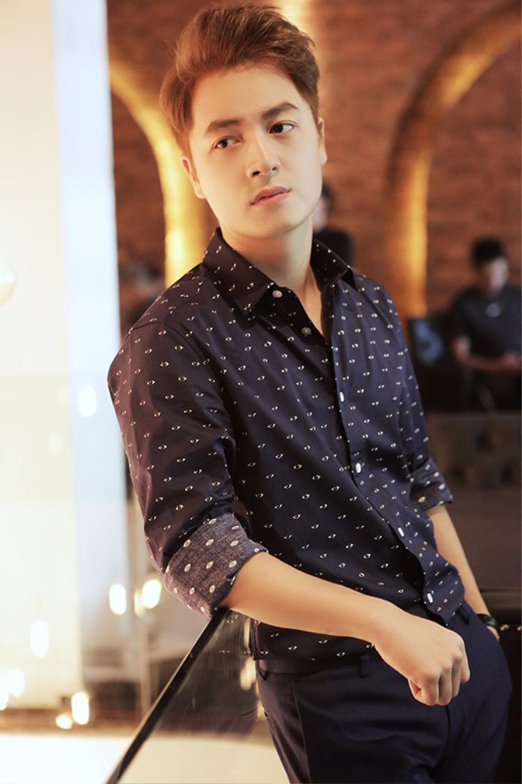 Ca khúc Nguyện làm tri kỉ mà Mr Siro viết riêng cho sự trở lại của ca sĩ Đăng Khôi sau khi ra mắt đã được fan vô cùng yêu thích. Điều đó càng thúc đẩy Đăng Khôi quyết tâm thực hiện và đầu tư cho MV để không phụ lại sự yêu mến của khán giả.