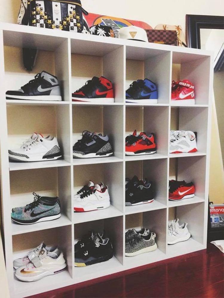 """Tủ giày """"đa chủng tộc"""" của Jillian V Nguyen."""