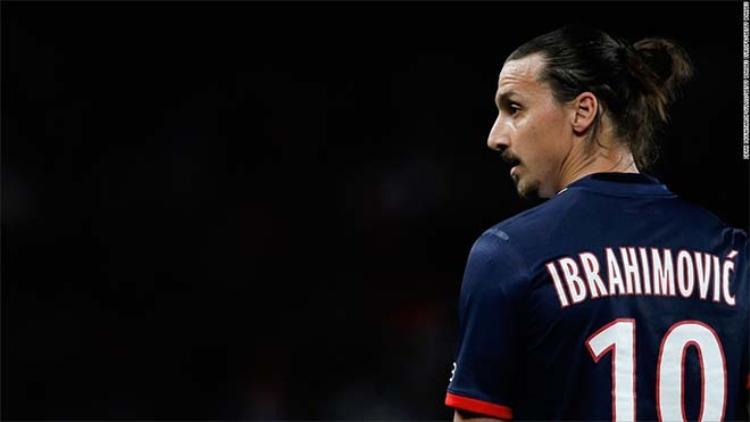 Zlatan Ibrahimovic từng có điều khoản được thưởng nếu ghi bàn nhiều nhất Ligue 1.