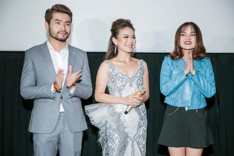 Nguyễn Hải Yến cùng 2 diễn viên chính trong MV Ta chẳng còn ai.