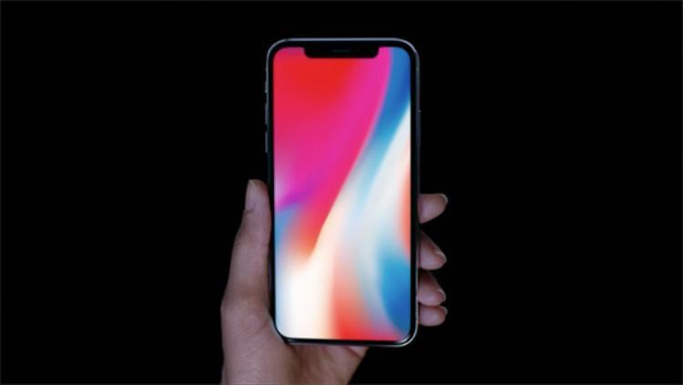 Nguồn tin từ nhà phân tích Christopher Caso cho rằng iPhone X vẫn chưa được Apple đưa vào qui trình sản xuất.