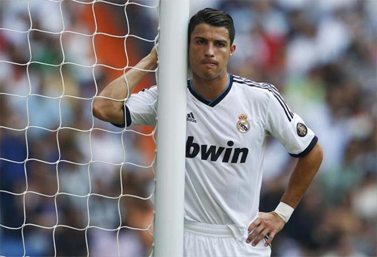 Real của Zidane đang sa sút do Cristiano Ronaldo lớn tuổi.