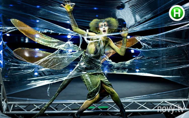 Mở màn với hẳn 4 bộ ảnh máu me, sợ hãi, Ukraines Next Top Model đang quyết khiến fan hốt hoảng nguyên mùa?