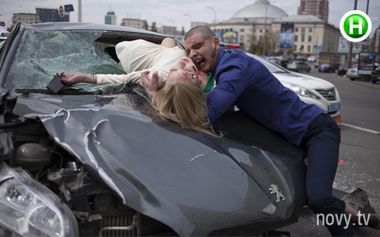 Nhìn cứ nghĩ đây là một vụ tai nạn thật! Nhưng không, nó là một bức ảnh dự thi…