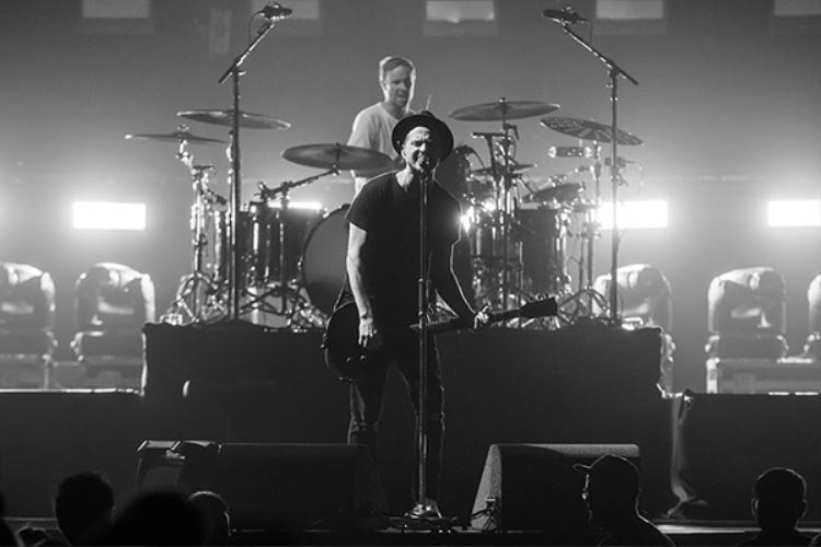 Trong đêm nhạc, Ryan đã hát hai bài anh sáng tác cho ca sĩ khác là Halo (Beyonce) và Happier (Ed Sheeran).
