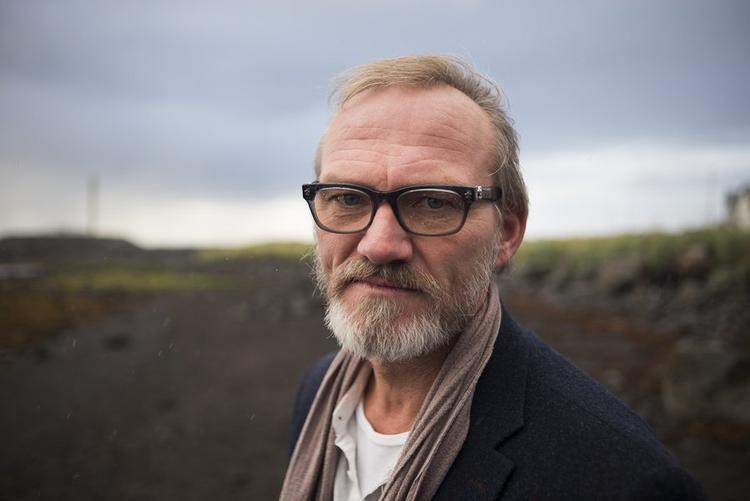 Ingvar Sigurdsson - nam diễn viên thủ vai thợ săn tiền thưởng Grimmson