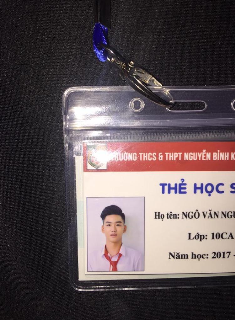 """Ảnh thẻ """"thần thánh"""" của chàng trai 10X."""