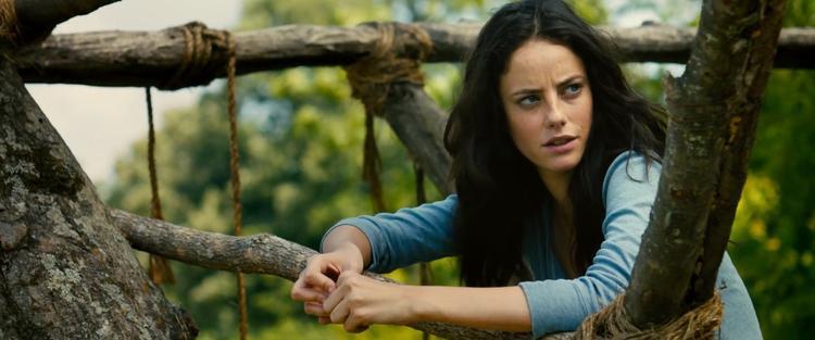 Teresa (Kaya Scodelario)