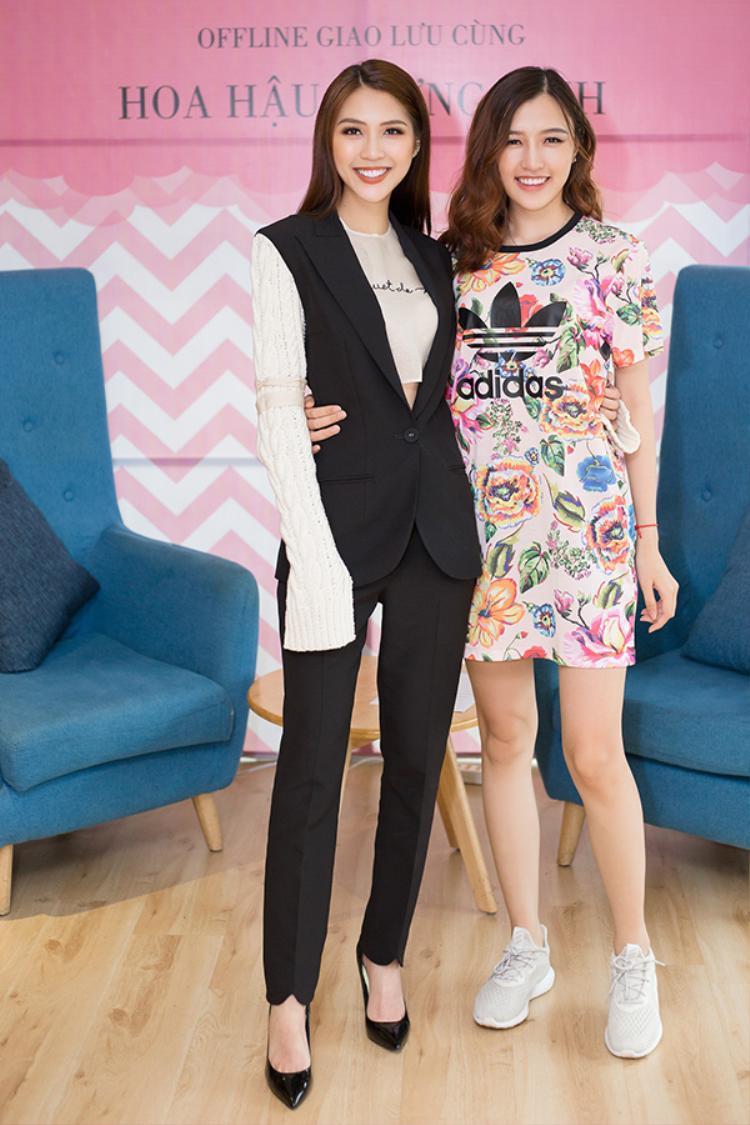 Phương Chi cũng bất ngờ có mặt trong buổi họp fan của Tường Linh.