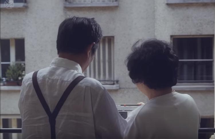 Hình ảnh ông bà Lay xuất hiện trong MV.