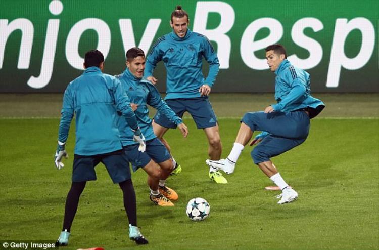 CR7 tập luyện rất nghiêm túc. Ở lượt đấu đầu tiên, gặp Nicosia, Ronaldo đã có một cú đúp cho riêng mình.