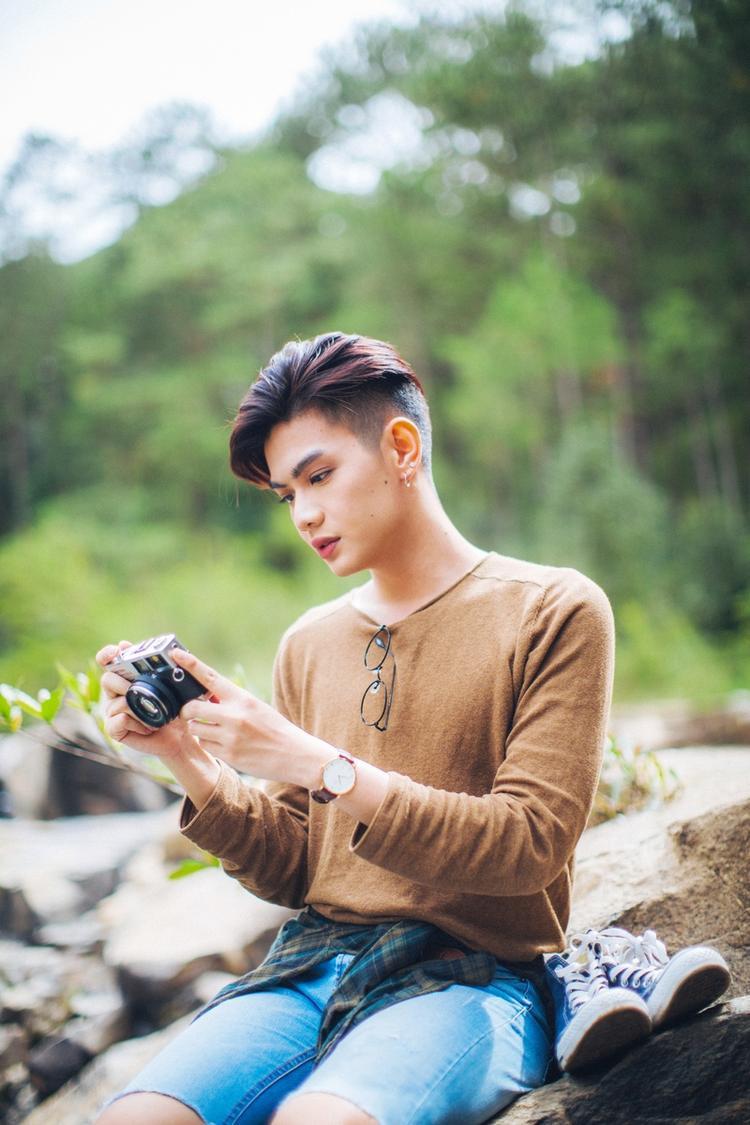 Nam ca sĩ Đào Bá Lộc.
