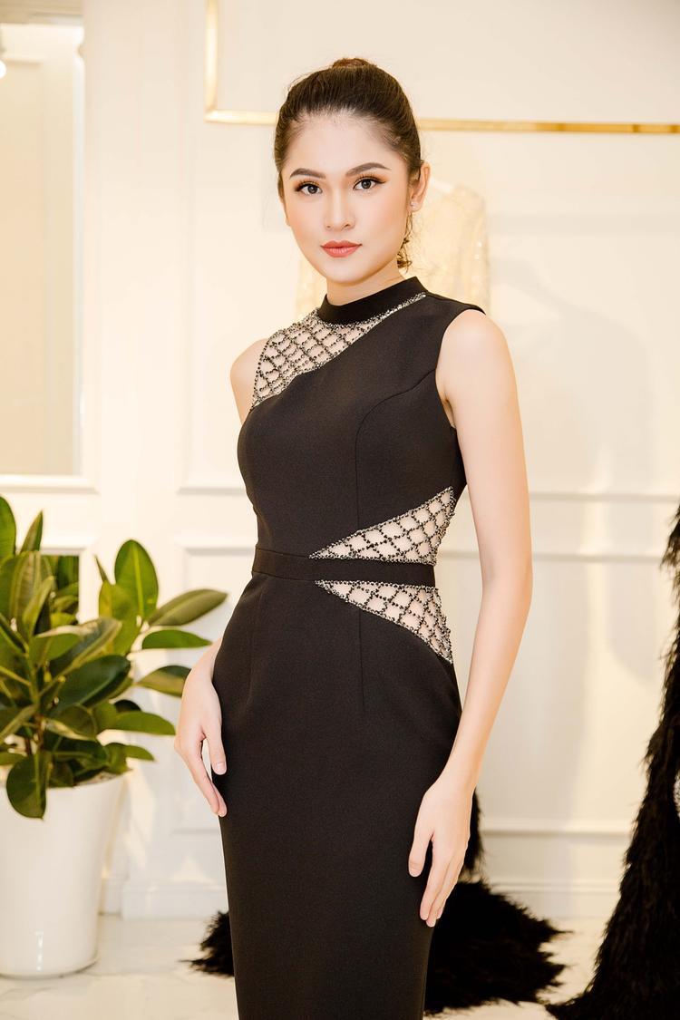 Á hậu Việt Nam 2016 tiết lộ cô đến Nhật Bản sớm 2 ngày để thích nghi thời tiết, nhằm chuẩn bị tốt nhất cho cuộc thi. Được biết, Hoa hậu Quốc tế 2017 sẽ diễn ra tại thủ đô Tokyo, Nhật Bản từ cuối tháng 10. Đêm chung kết rơi vào thời điểm giữa tháng 11. Dự kiến có hơn 70 ứng cử viên tranh tài cho ngôi vị cao nhất.