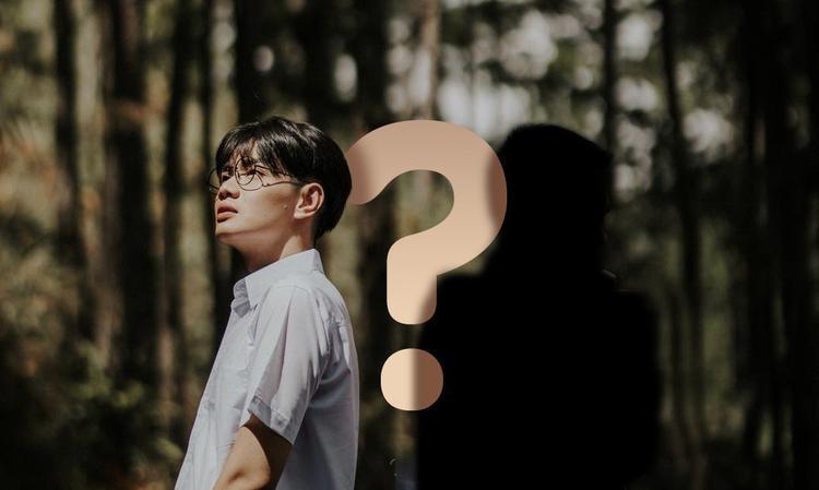 """Câu chuyện về mối tình đồng giới đầy """"bí ẩn"""" của Đào Bá Lộc cùng một nam MC nổi tiếng gây chú ý dư luận suốt những ngày qua."""