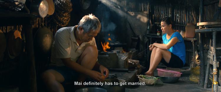 Không gian đậm chất Việt Nam với nhà tranh, mái lá, bếp lửa.