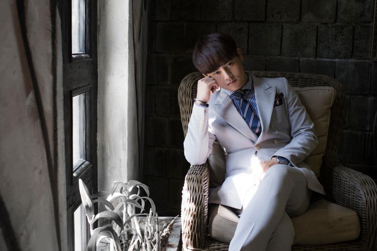 Nói thêm về những sản phẩm âm nhạc trong tương lai, Ưng Đại Vệ tiết lộ anh đã hoàn tất cho MV mới cũng được thực hiện tại HongKong.