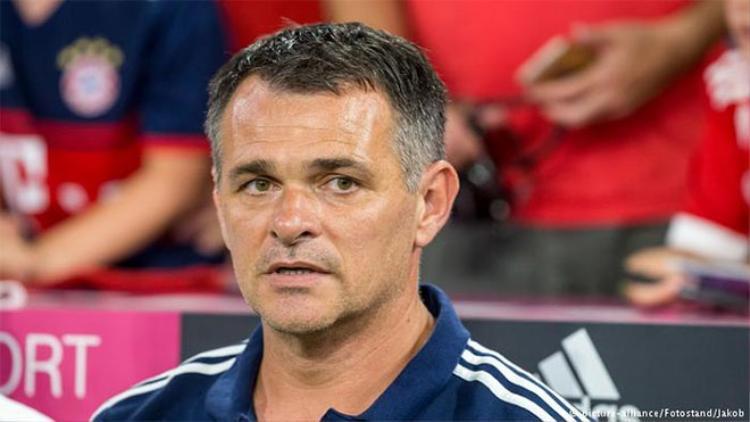 Tất cả đang chờ xem Willy Sagnol - HLV tạm quyền của Bayern thể hiện ra sao.