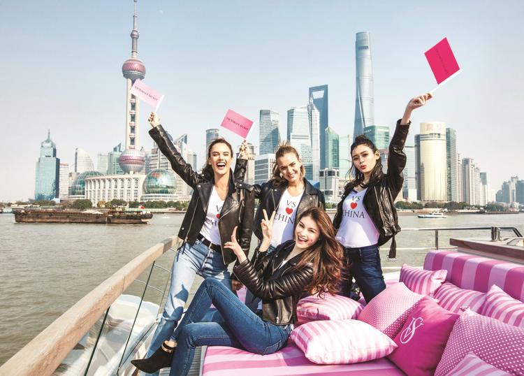 Show diễn nổi tiếng thế giới lần đầu đặt chân đến châu Á.