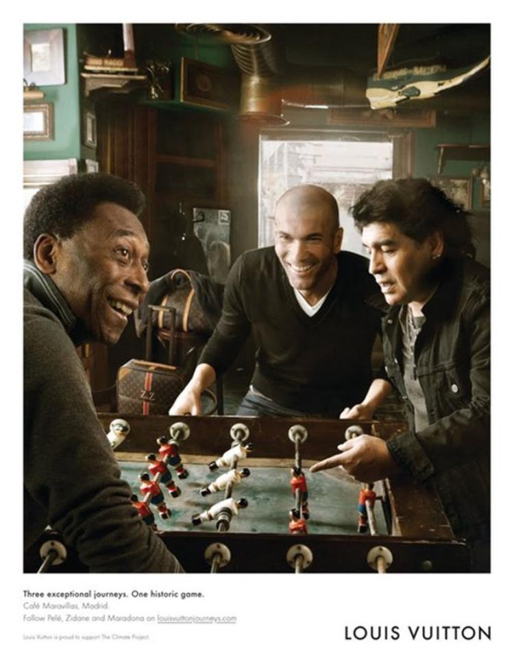 Do hói đầu nên Zidane không có nhiều chọn lựa quảng cáo.