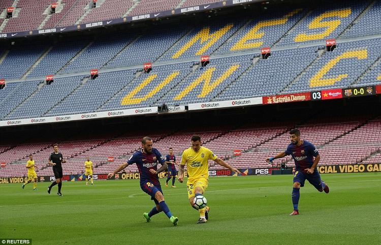 BTC sân Nou Camp đã quyết định cho trận đấu giữa Barca và Las Palmas tại vòng 7 La Liga diễn ra trong tình trạng không khán giả. Sự việc này xuất phát từ chuyện BTC lo sợ sự bất ổn an ninh dođông đảo người dân xứ Catalunya đi bỏ phiếu đòi li khai khỏi Tây Ban Nha.