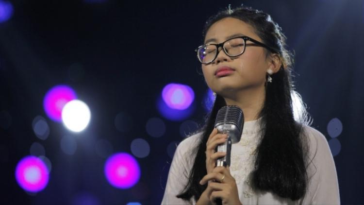 Phương Mỹ Chi thẳng thắn lên tiếng về nghi vấn bỏ học để tập trung đi hát