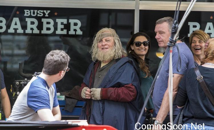 Hình ảnh Odin tại Trái Đất trên phim trường