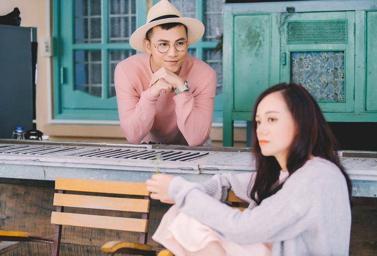 Chỉ 15 giây teaser MV, Mai Tiến Dũng khiến fan ngất lịm với cảnh làm nông đáng yêu
