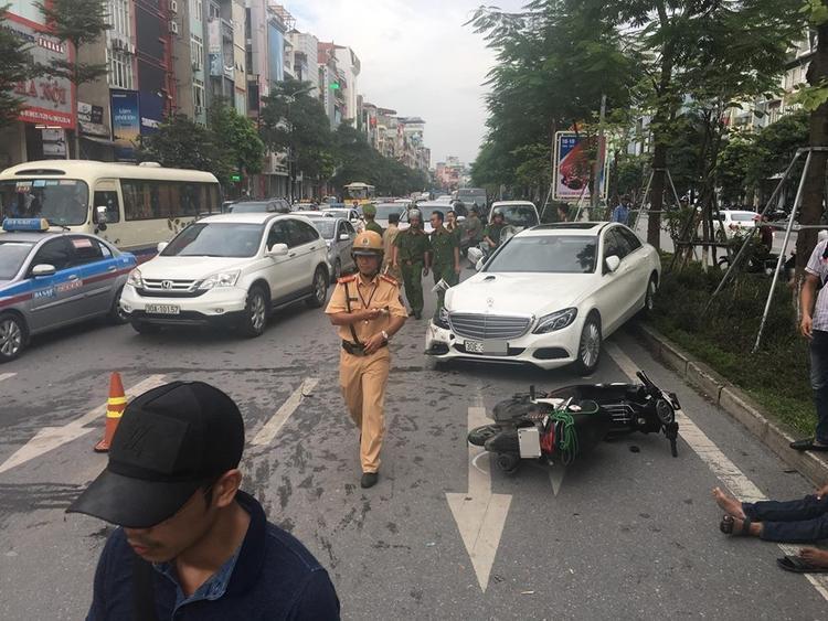 Ngay sau khi vụ tai nạn xảy ra, lực lượng chức năng đã có mặt để tiến hành điều tra, giải quyết.