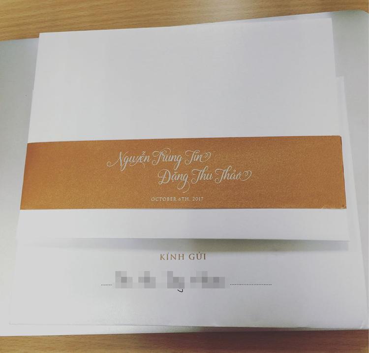 Hình ảnh thiệp cưới của Hoa hậu Thu Thảo.